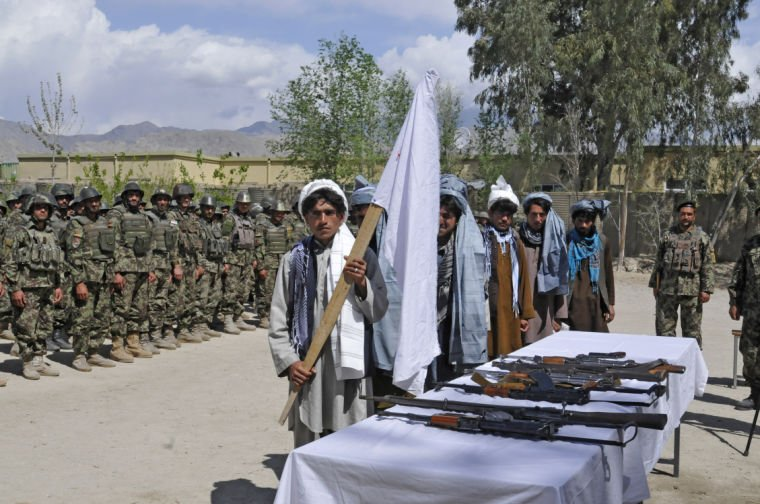 Former insurgents take part in reintegration ceremony