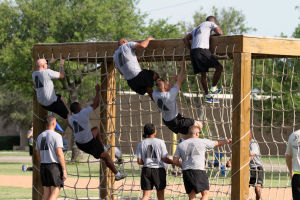 Troops navigate Warrior Challenge