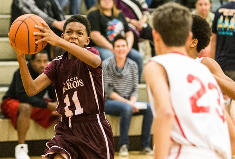MIDDLE SCHOOL BASKETBALL: Dow soars for 33 points in 7A Grizzlies win