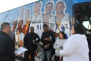 Fort Hood Soldiers go to Dallas Mavericks Game