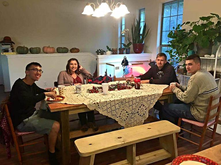 Soldiers celebrate 'Friendsgiving' for holiday season