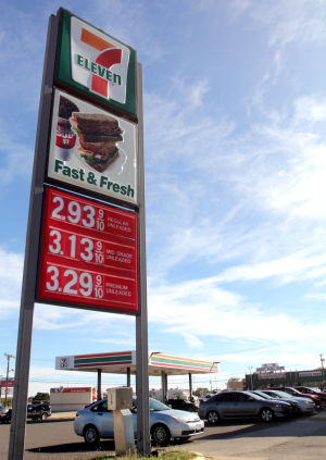 Gas Prices: The price of unleaded gasoline is at $2.93 at a 7-Eleven on Thursday, Oct. 31, 2013, in Killeen. - Catrina Rawson | Herald