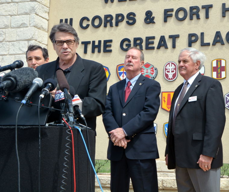Ft Hood Press Conf Perry and Cruz 0093.JPG