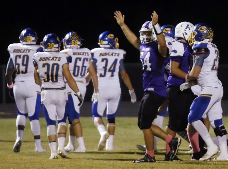 FOOTBALL: Hernandez, Buffaloes run past Comfort 29-14