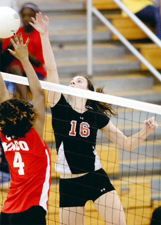 Volleyball: Lady Knights win final nondistrict tune-up
