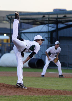 Harker Heights At Ellison Baseball: Ellison's Sam Weston pitches to Harker Heights on Friday at Ellison. - Jen Morgan   Herald