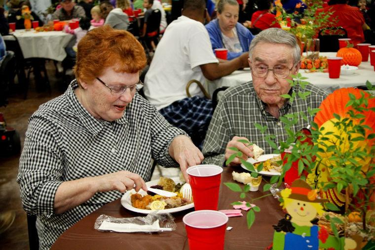 'Tis the season: Hundreds gather for annual Feast of Sharing