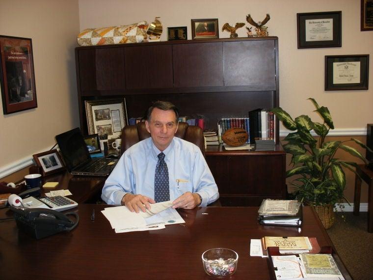 Pastor Olton Phillips