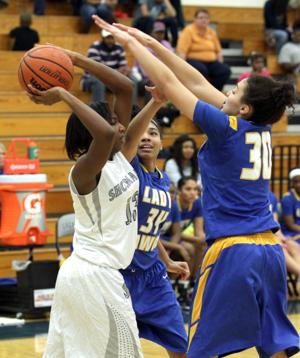 Basketball Girls Shoemaker  V Copperas Cove065.JPG