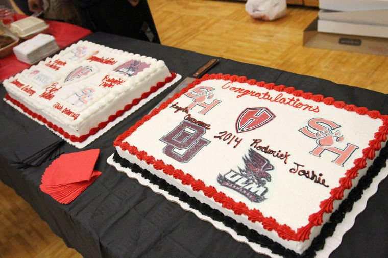 Heights Bball Signings 16.jpg