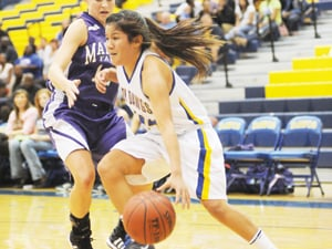 Howard's hot hand helps Lady Dawgs edge Marble Falls in OT