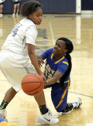 Basketball Girls Shoemaker  V Copperas Cove067.JPG