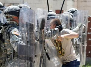 6-9 Cav holds riot control training