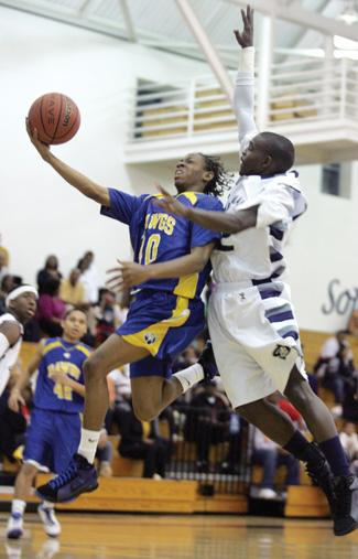 Shoemaker win over Cove, Temple defeat sends Grey Wolves to postseason
