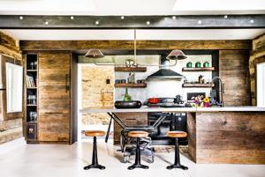 Farmhouse style: Couple finds country charm without the barn