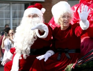 Armed Services YMCA hosts Christmas parade