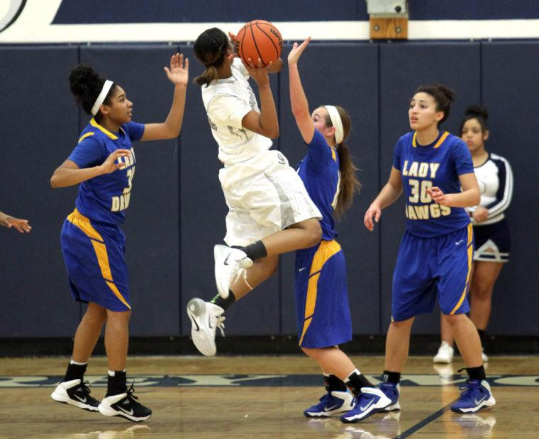 Basketball Girls Shoemaker  V Copperas Cove069.JPG