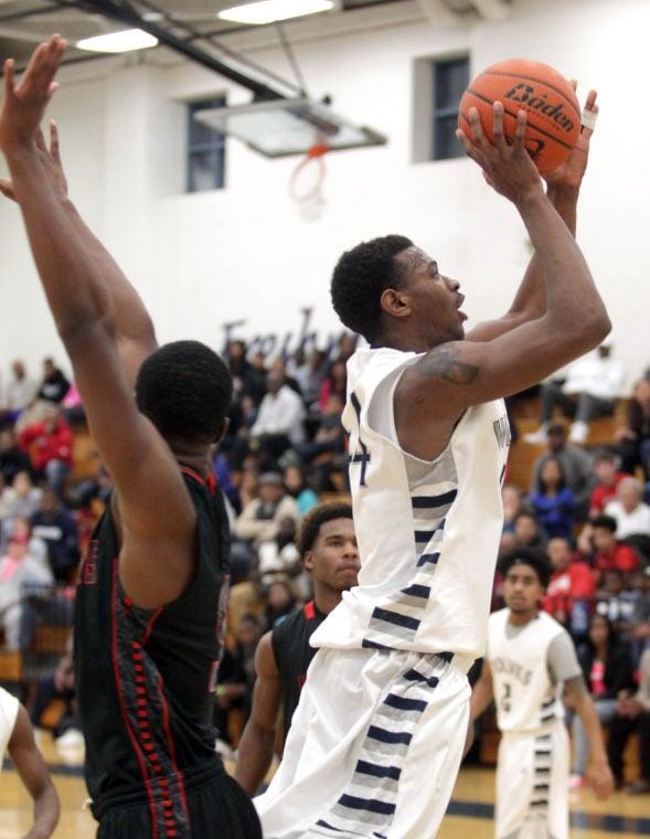 Basketball Boys Shoemaker  V Harker Heights017.JPG