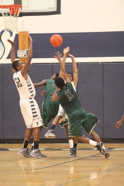 ShoemakerEllisonBasketball15.jpg