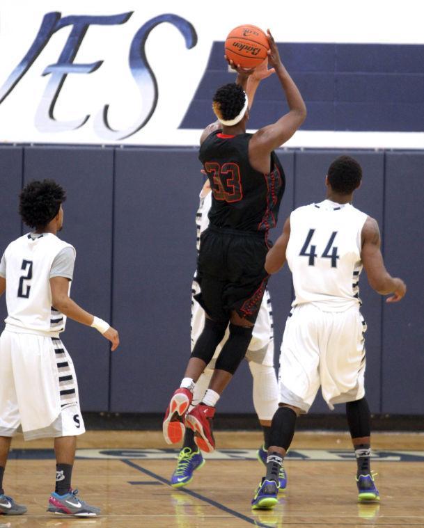 Basketball Boys Shoemaker  V Harker Heights019.JPG
