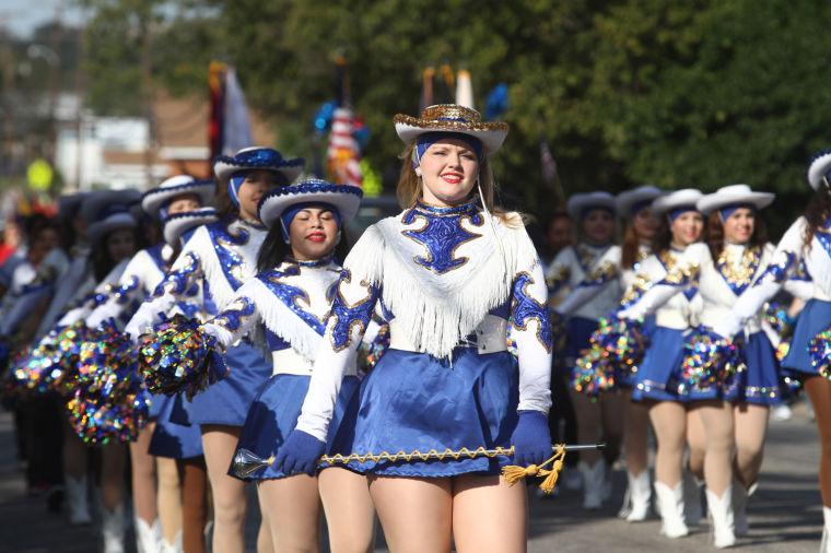 Cove Veterans Day Parade 16.jpg