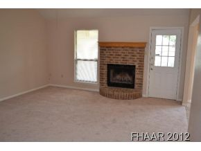 ***NEW Carpet, Ceramic Tile and Paint!*** Fresh paint and fresh