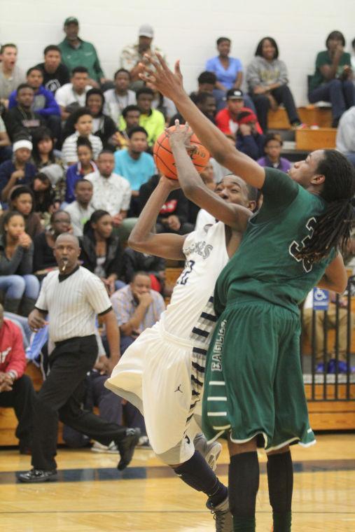 ShoemakerEllisonBasketball16.jpg