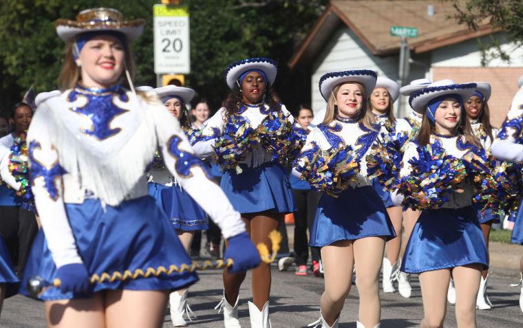 Cove Veterans Day Parade 17.jpg