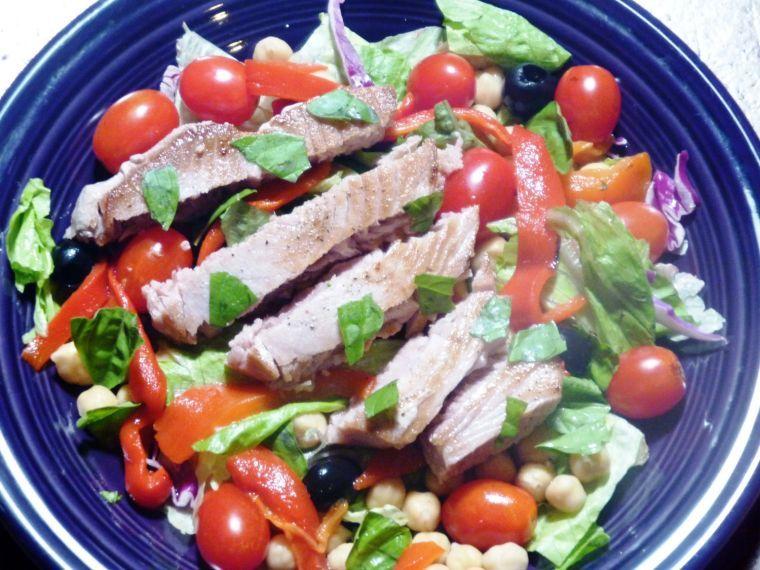Fresh tuna salad