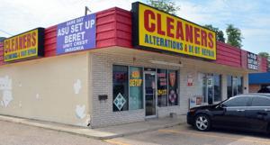 Biz Alteration Shops 2716.JPG
