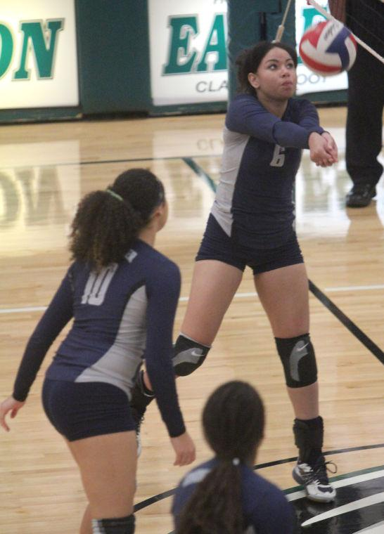 Shoemaker vs Ellison Volleyball