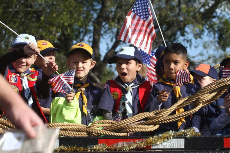 Cove Veterans Day Parade 20.jpg
