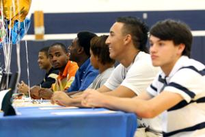 Shoemaker student athletes sign with colleges