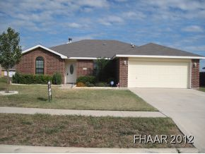 -This 4 bedroom beauty is move-in ready and very nice!