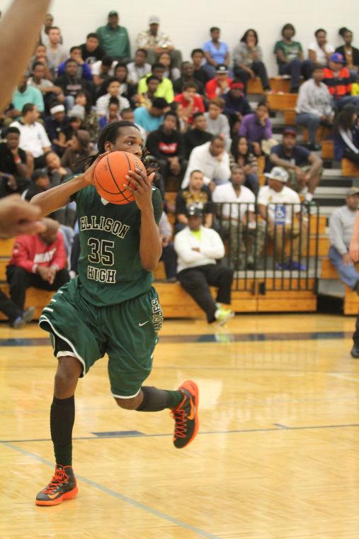 ShoemakerEllisonBasketball19.jpg