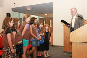 Girl Scouts at Heights city council meeting