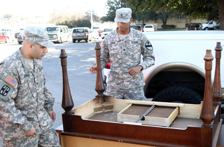 Holiday Inn donates furniture to soldiers