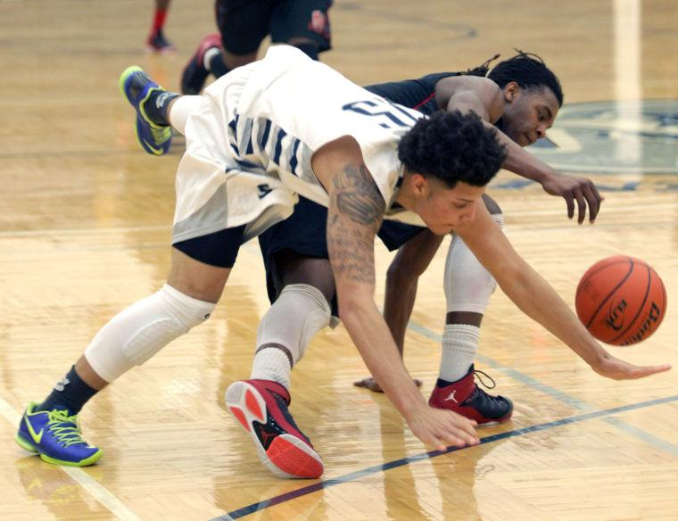 Basketball Boys Shoemaker  V Harker Heights055.JPG