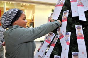 1,600 children: Locals buy Christmas presents for youth in need