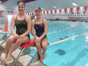 Belton High School Swimmers