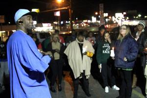 Candlelight vigil held for Antonio Griffin