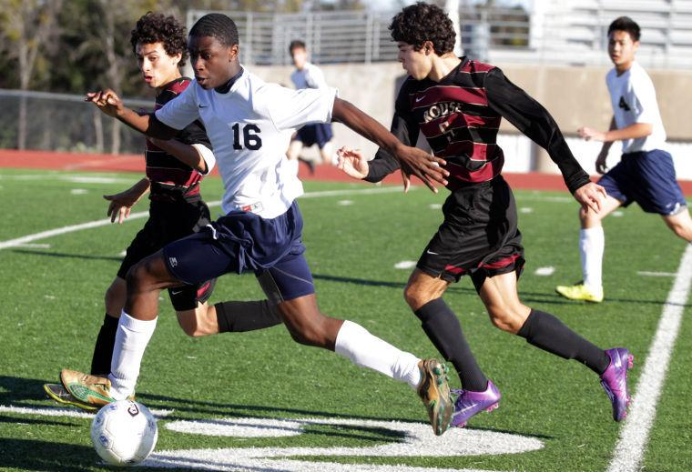 Grey Wolves fall in Harker Heights tournament opener
