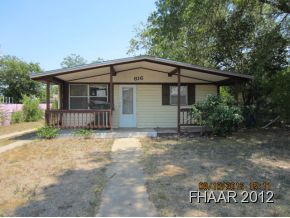 Two Bedroom 1 bath hom in Killeen great starter or