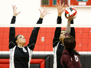 Lady Knights roll past Killeen after rough start