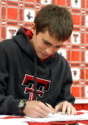 Salado's Cooke signs with Texas Tech