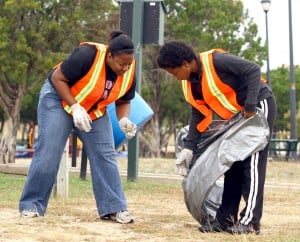 Volunteers Clean Up Carl Levin Park