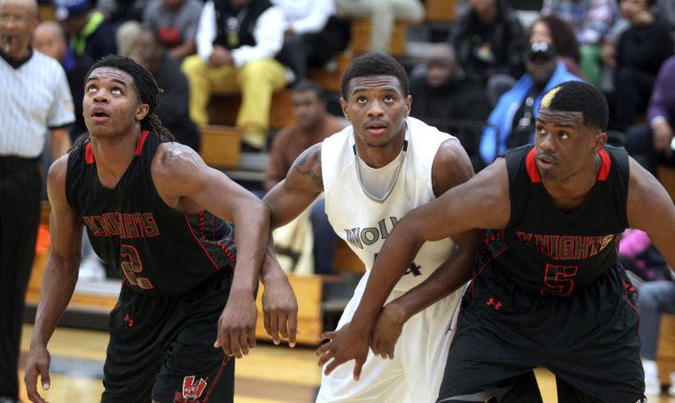 Basketball Boys Shoemaker  V Harker Heights060.JPG