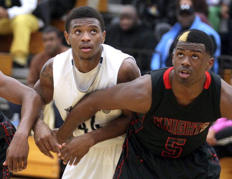 Basketball Boys Shoemaker  V Harker Heights061.JPG