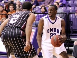 Sterling effort: Senior guard lifts Cru men past McMurry