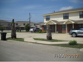 5-UNIT Townhomes FULLY rented, great tenants, great location, 2-story